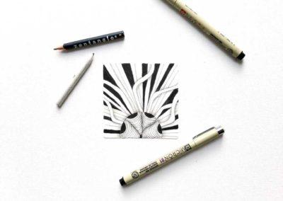 Zentangle Kachel mit Fullmoonmosaik und Micron Stiften